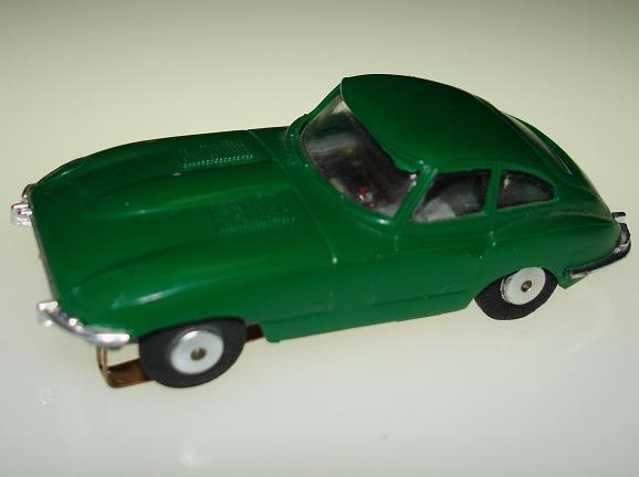 Atlas HO Scale Jaguar XKE British Racing Green