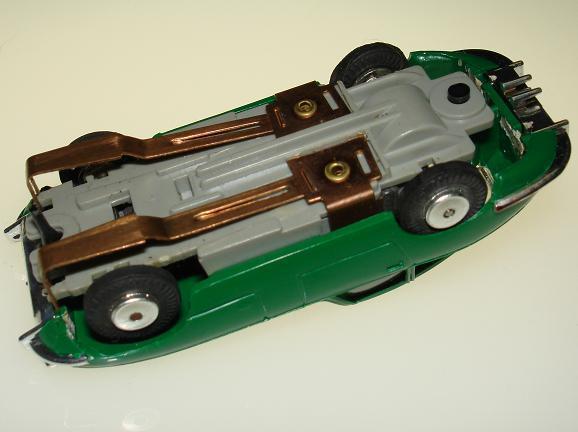 Atlas HO Scale Jaguar XKE ZINGERS Chassis